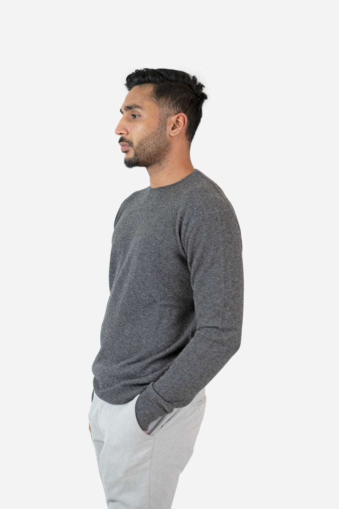 Model wearing Remmi in Grey Cardigan | Recycled Cashmere Crewneck Sweater | golapi
