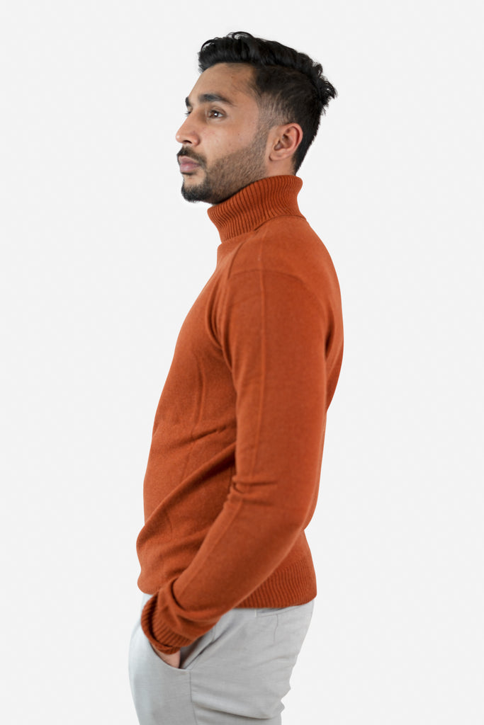 Model wearing Talha in Cognac Cardigan | Recycled Cashmere Turtleneck Sweater | golapi
