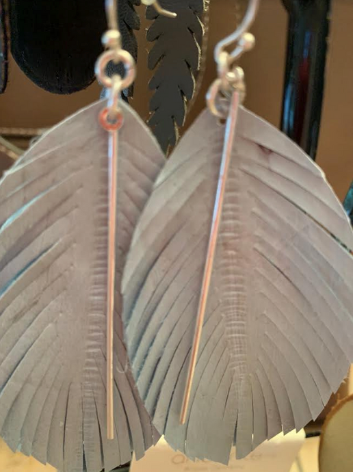 Leather Feathered Leaf Earrings - Juli & Boutique