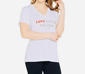 """Love Save the Day"" T-Shirt - Juli & Boutique"
