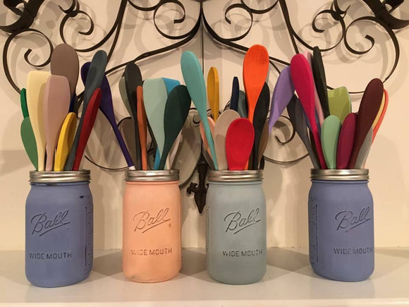 Dixie Belle Chalk and Mineral Paint comes in over 64 amazing colours, that can be mixed together to create even more stunning colours.