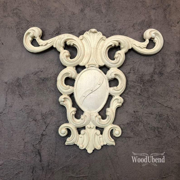 WoodUbend Centerpiece Decor Moulding Applique