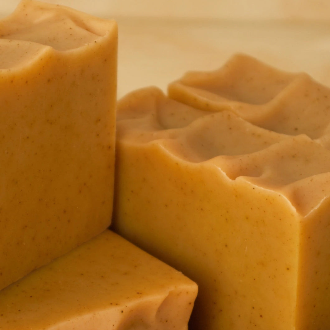 Our Turmeric & Tea Tree Essential Oil Soap is handcrafted with goat milk and the dynamic duo of Turmeric and Tea Tree Essential Oil - known to be anti-inflammatory. This bar tackles red spots on the face and body.