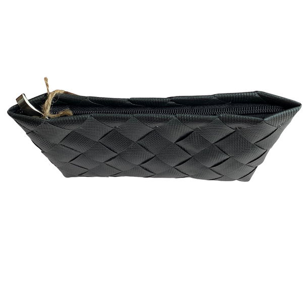 Pouch in Basic Material