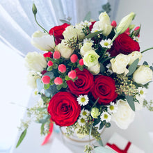 Load image into Gallery viewer, Red & White Roses Flower Box