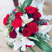 Load image into Gallery viewer, White Lily & Red Rose Flower Box