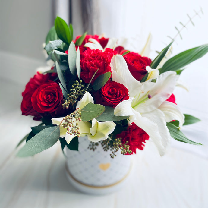 White Lily & Red Rose Flower Box