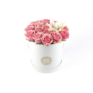 Classic Rose Round Box With Lily