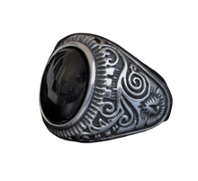 Load image into Gallery viewer, Antique Navajo Black Stone Ring