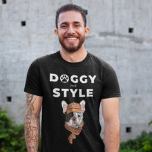 Laden Sie das Bild in den Galerie-Viewer, Doggy mit Style - T-Shirt