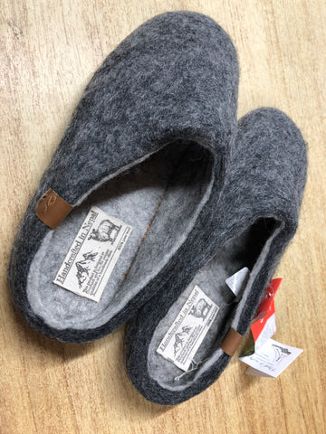 Felted Wool Scuff Slipper with Suede Sole - Bhutan - Charcoal from Green Comfort