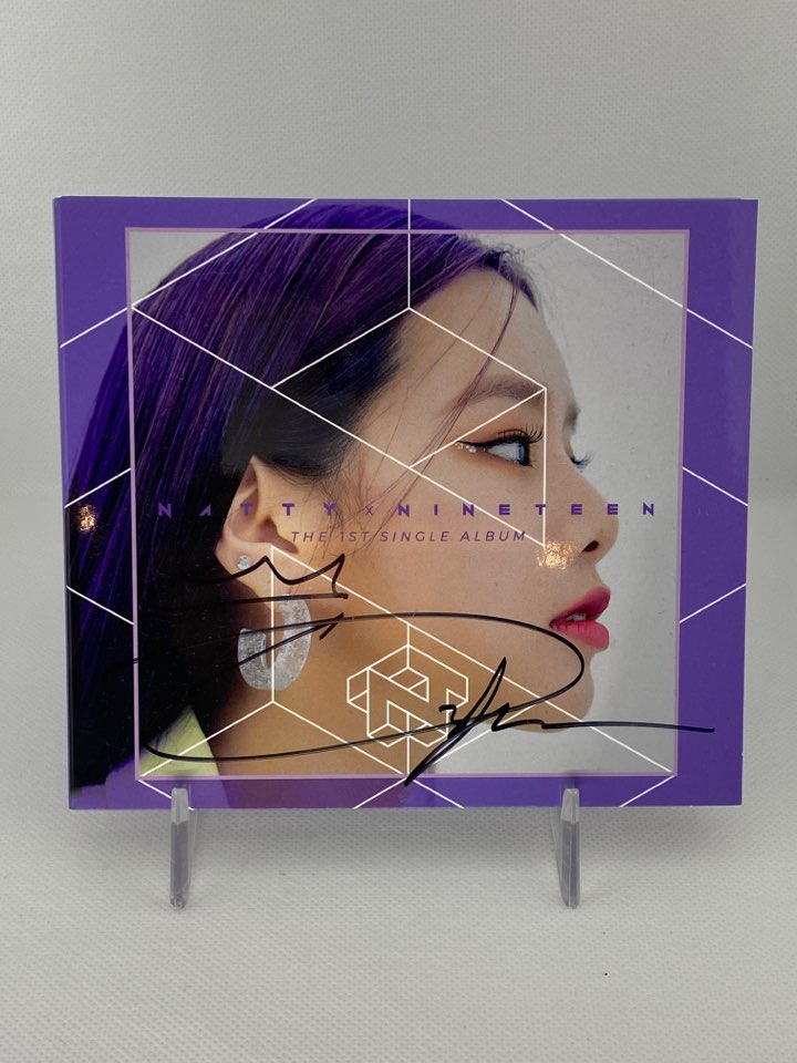 [AUTOGRAPHED CD] NATTY (나띠) 1ST SINGLE CD ALBUM - [NINETEEN]