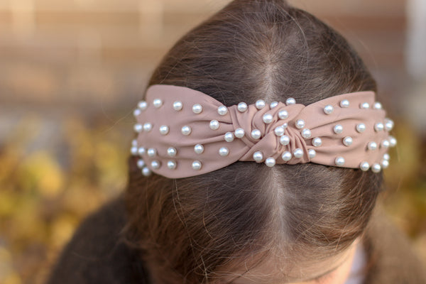 Peach Knotted Pearl Headband