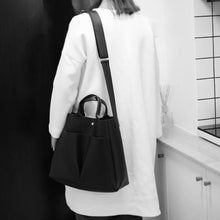 Load image into Gallery viewer, Minimalist Leather Tote