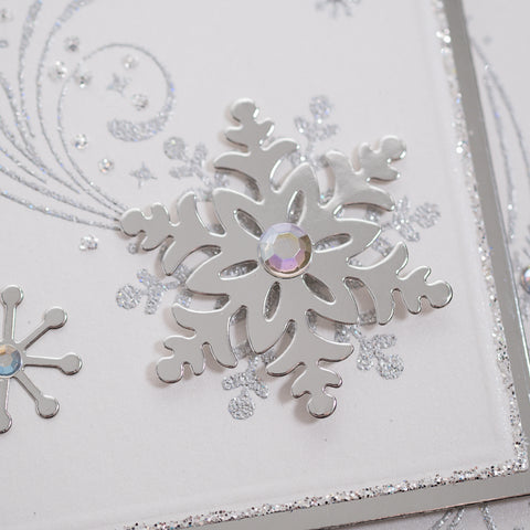 Step into Christmas with this truly magical Swirly Snowflake Flurry Card - perfect for those of you looking to make quick and easy cards at home this Christmas Time.