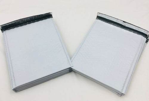 White Poly Bubble Mailers (8.5