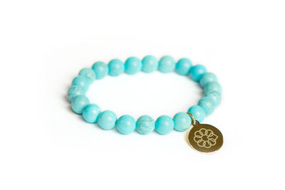 Embrace the Difference® Blue Howlite Turquoise Gemstone Stretch Bracelet