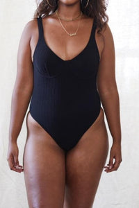 Biarritz One-piece (Black)