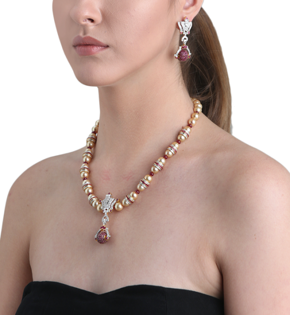 Circlet Ruby Pearl Necklace