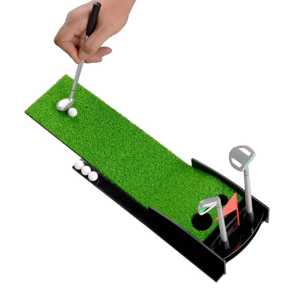 Mini Desktop Golf Clubs Practice Mat