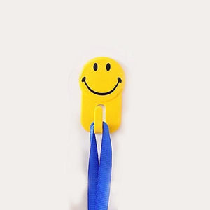 604 Plastic Self-Adhesive Smiley Face Hooks, 1 Kg Load Capacity (6pcs)