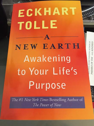 Eckhart Tolle - A New Earth: Awakening to Your Life's Purpose (Softcover)