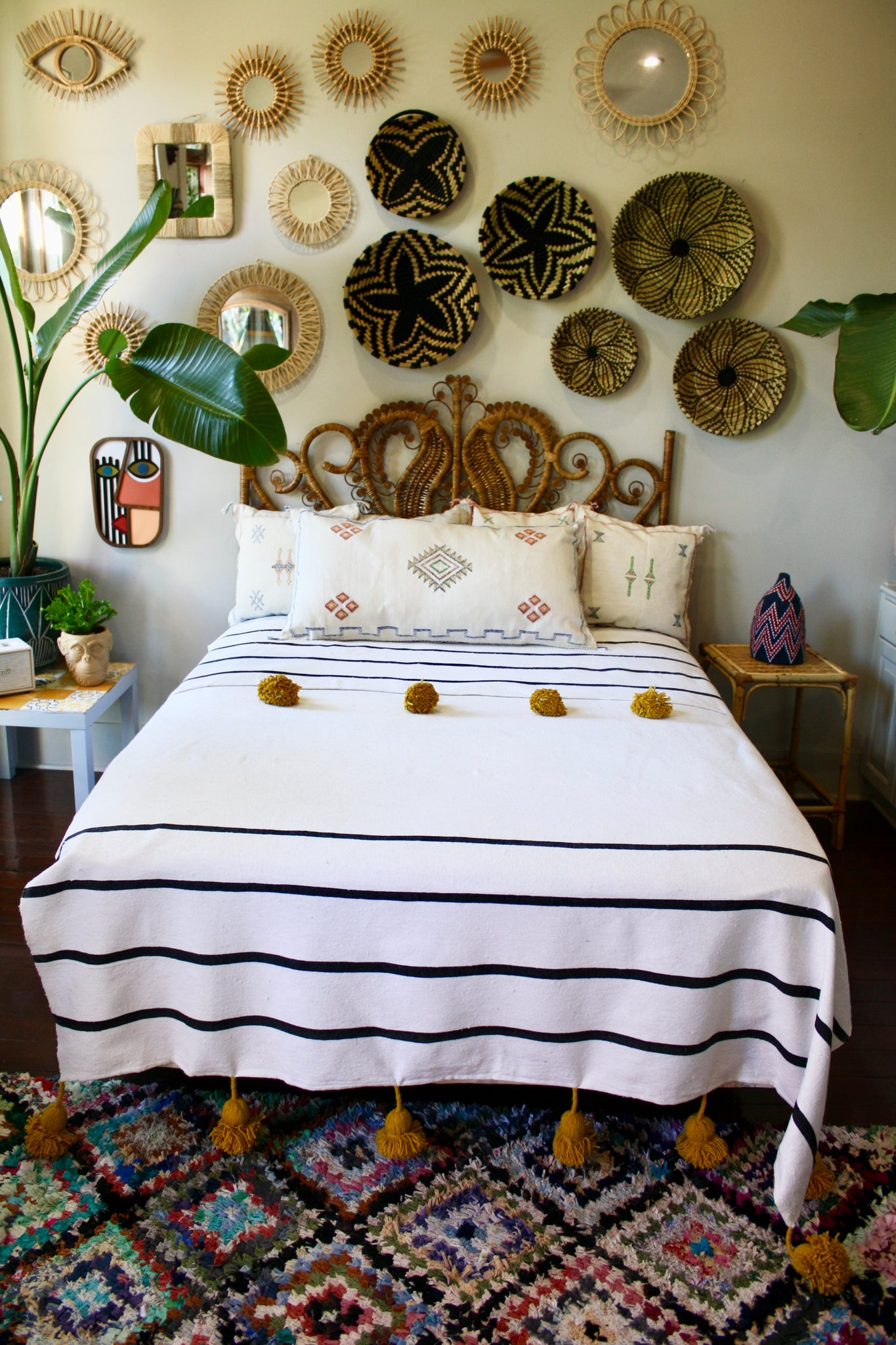 Black & Gold Pom Pom Queen Bedspread