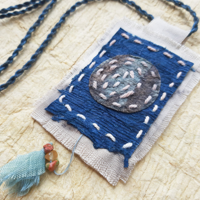 MEMOAR ARUTALA - Gratitude (Disseminating Moon) Statement Necklace