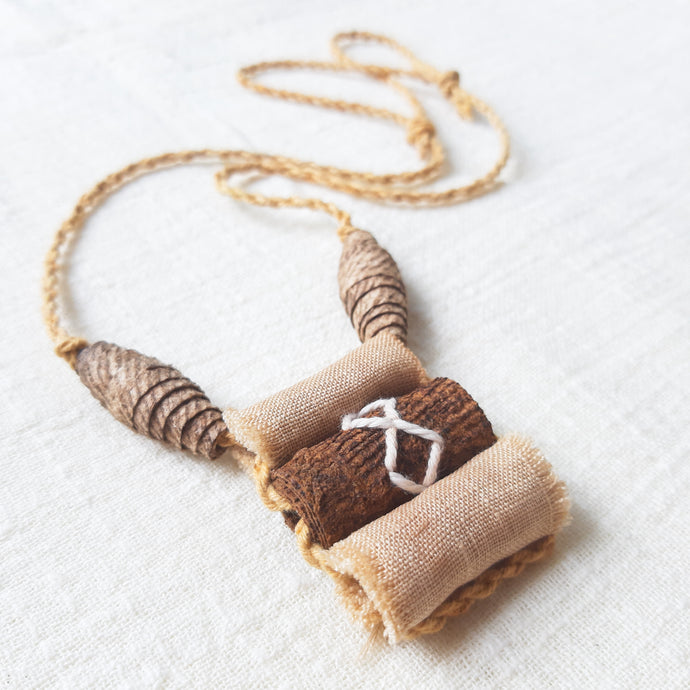 Nunu-Tepulu Barkcloth Necklace