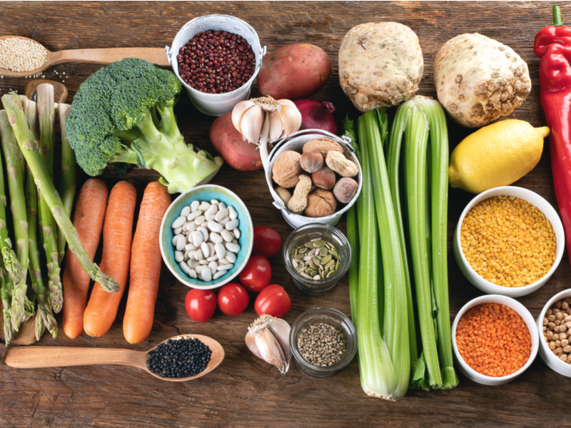 There are numerous benefits that plant-based diets can have on the body including the reduction and healing of chronic health conditions