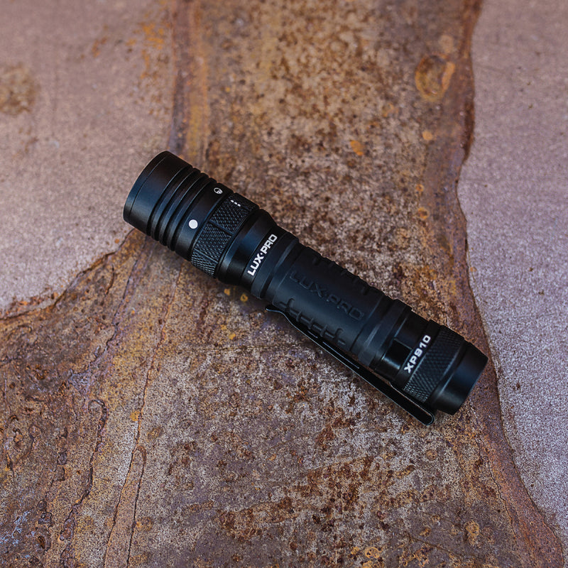 Pro Series 1000 Lumen LED Rechargeable Flashlight w Mode Selector