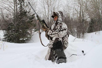 8 Ways to Stay Warm While Hunting in Cold Weather | Snowwolf Wear