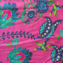 Load image into Gallery viewer, Pink Iznik Flower Scarf