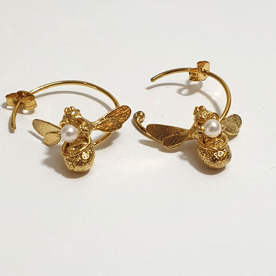 Alex Monroe Flying Bee with Pearl Hoop Earrings