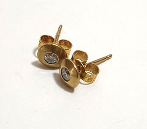James Newman Small 18ct Gold & Diamond Studs