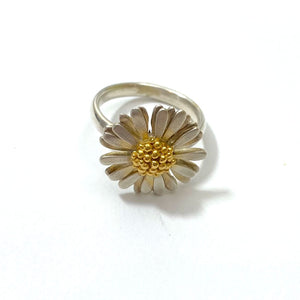 Sheena McMaster Medium Daisy Ring