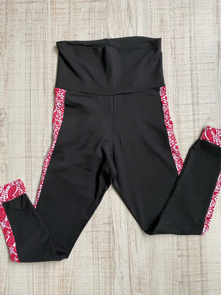 Conjunto Top y Leggings Black Red Leaves