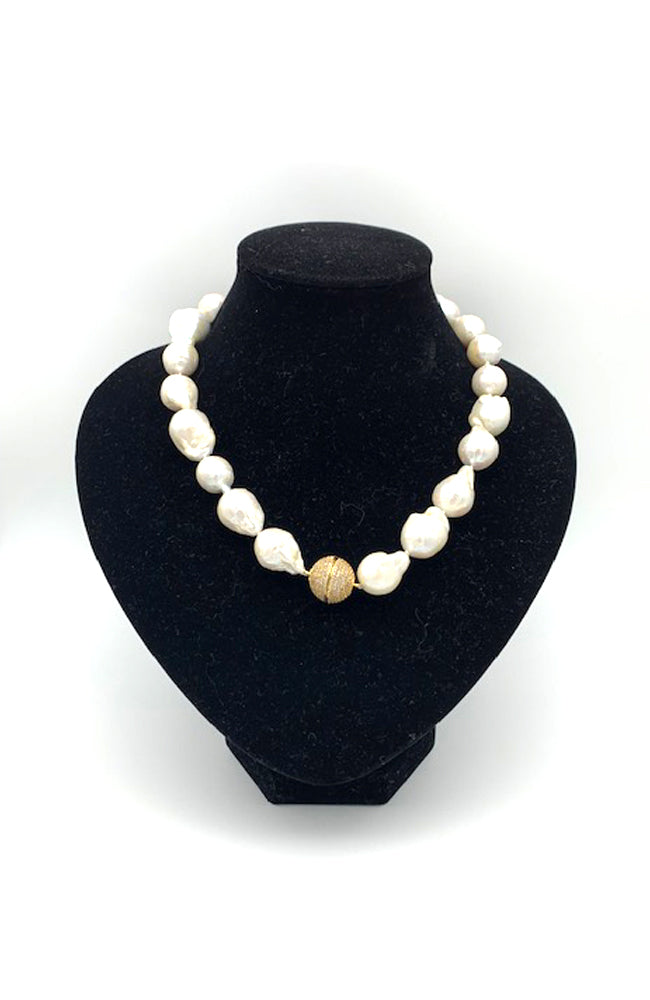 Baroque Pearl Gold Bal Neck