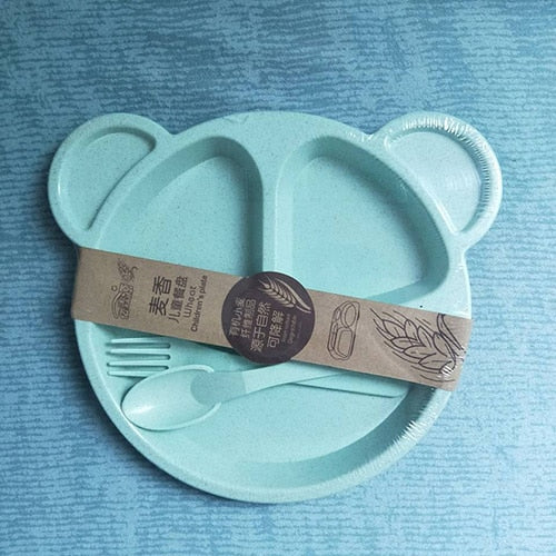 Children's dishes made from natural and biodegradable materials (from wheat straw)
