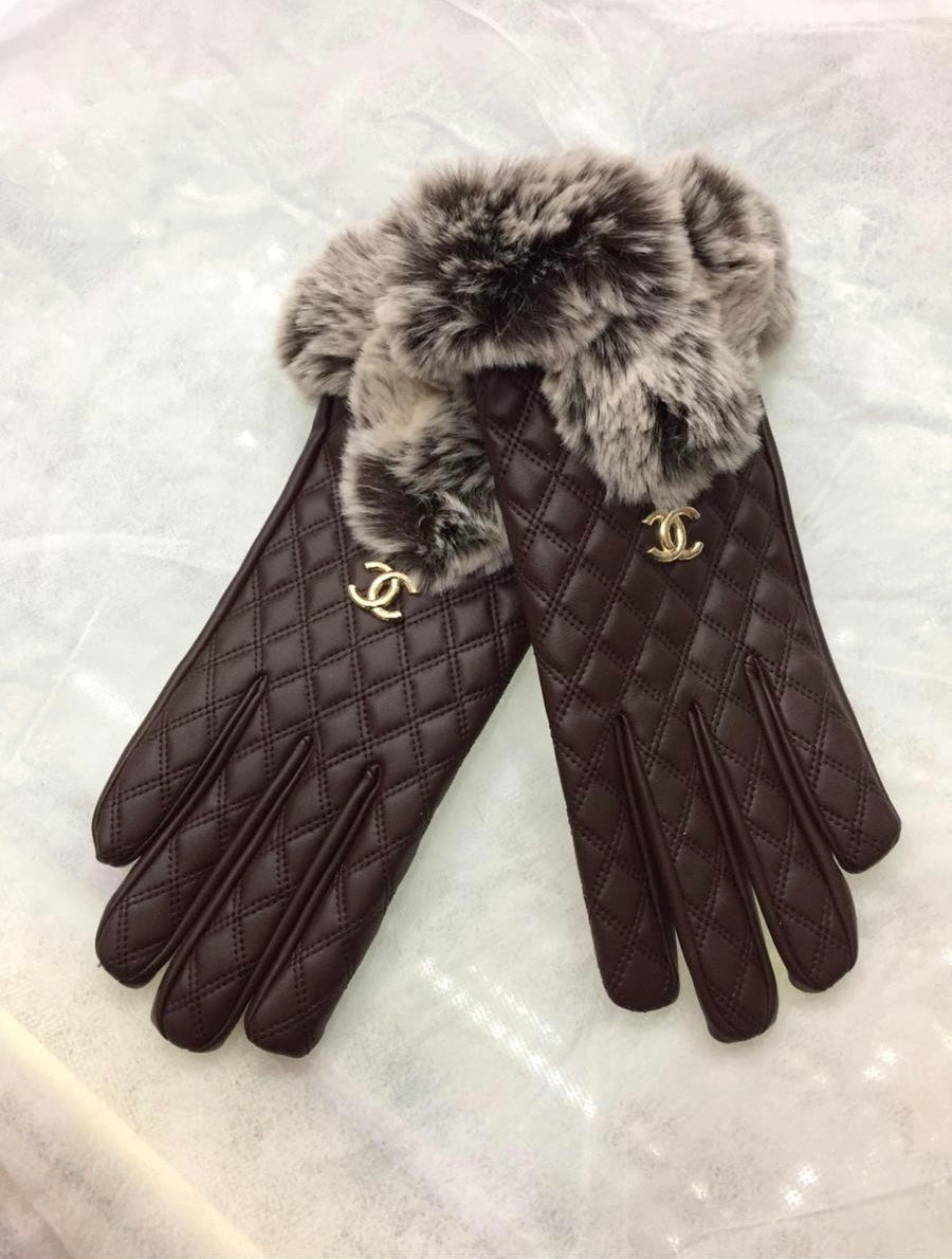 Designer Inspired Gloves By CHANEL In Brown Leather With Fur