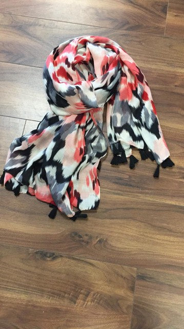 Designer Inspired Scarf In Patterned Red/Pink