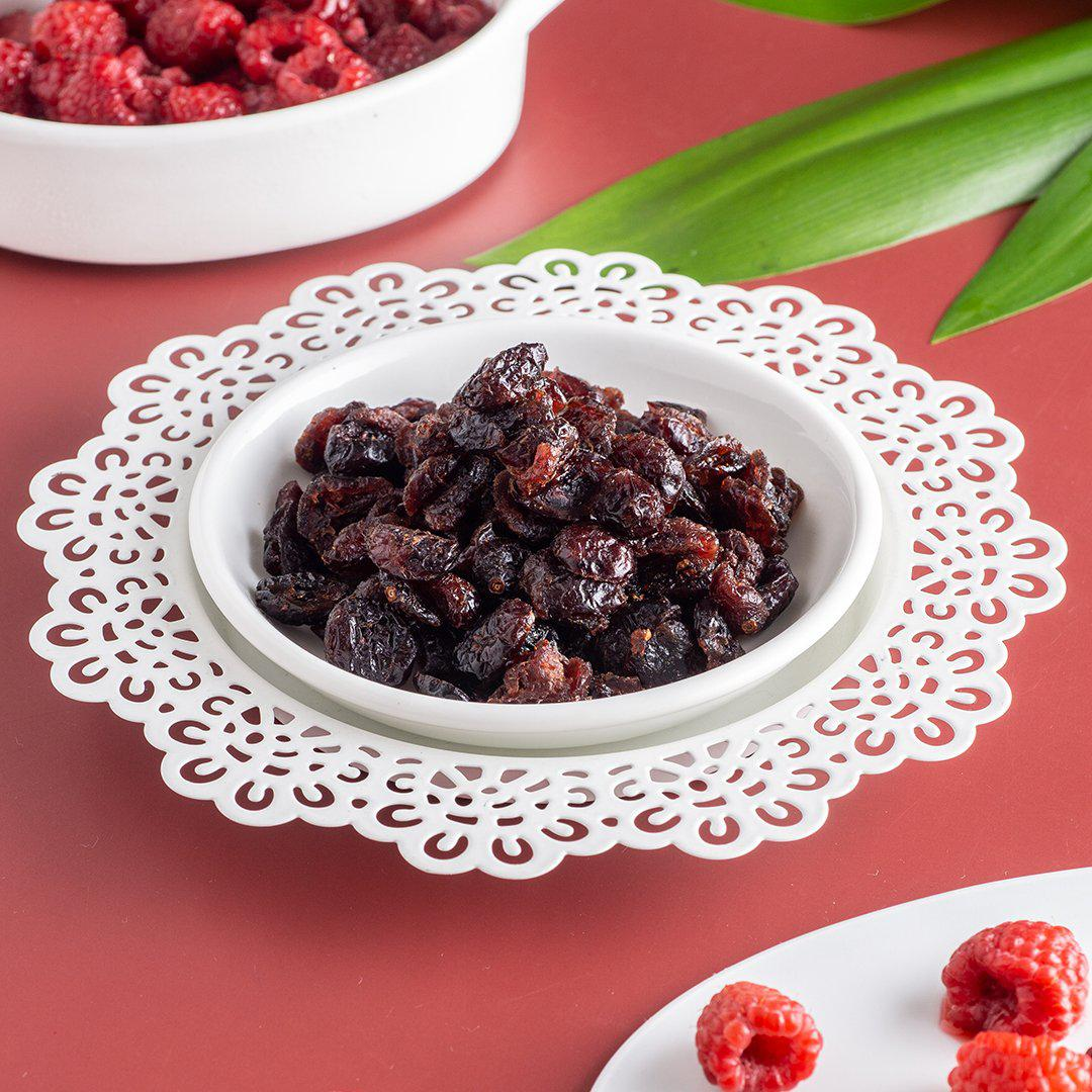 Snowfarms Raspberry Flavored Dried Cranberries (75g)-Dried Cranberries-DailyCravings