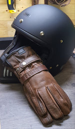 Flux Co. Holster keeping gloves in pairs