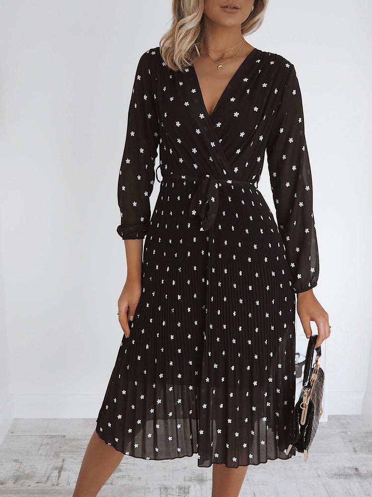 Naomi Black Flower Midi Dress
