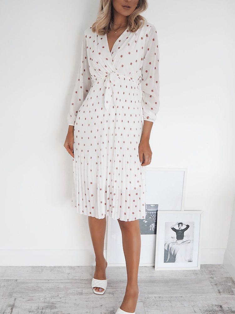 Naomi White Flower Midi Dress