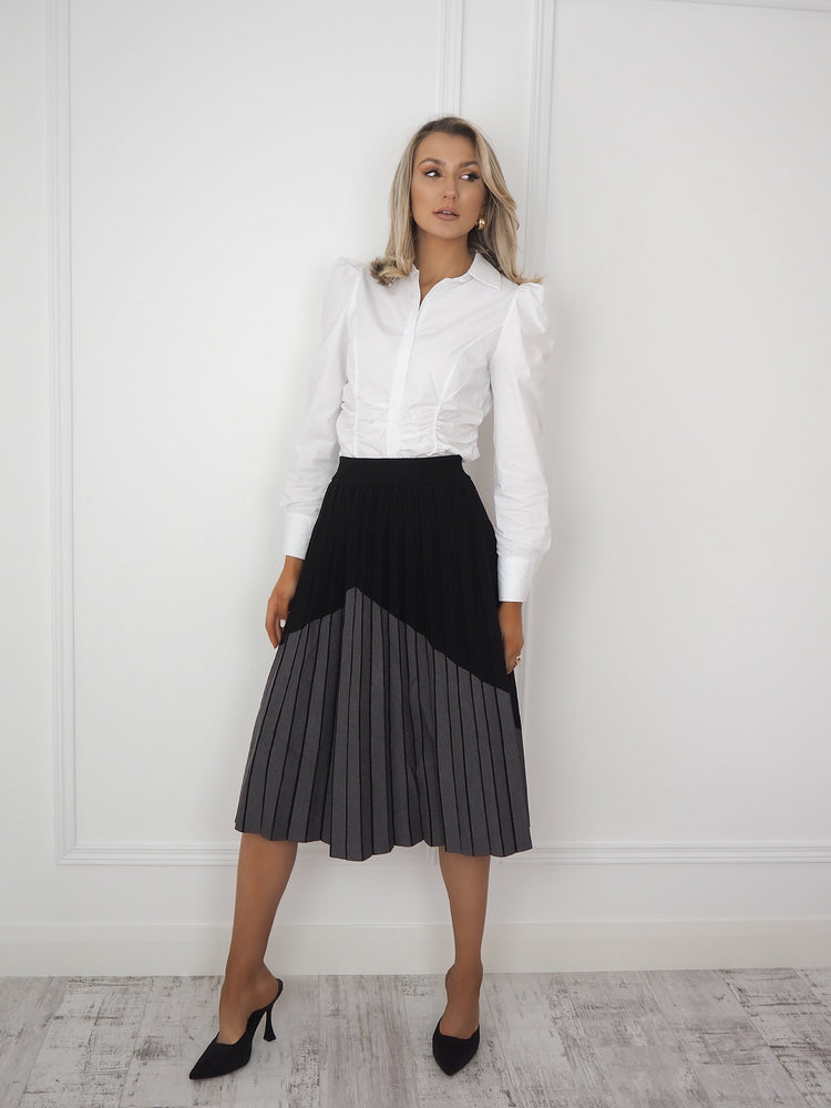 Black and Grey Abstract Print Pleated Skirt