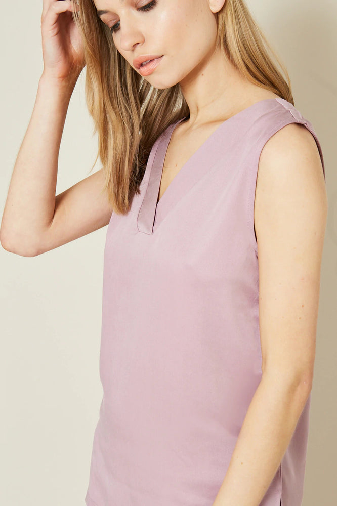 Dana Purple V Neck Sleeveless Top