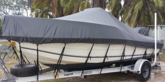 "18' 6"" Carver Styled-To-Fit Cover For V-Hull Runabouts With Inboards"