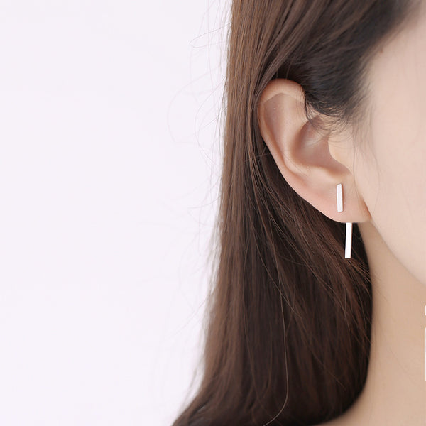 A simple S925 sterling silver earrings wholesale silver jewelry earrings hanging earrings.