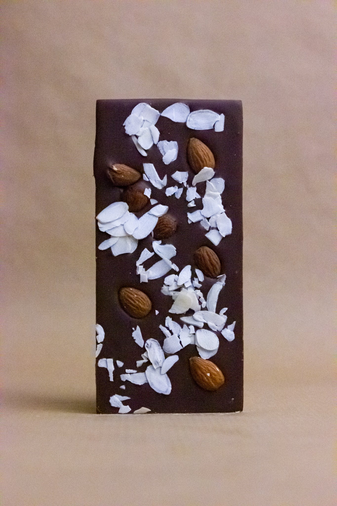 Kehrwieder Almonds Milk Chocolate